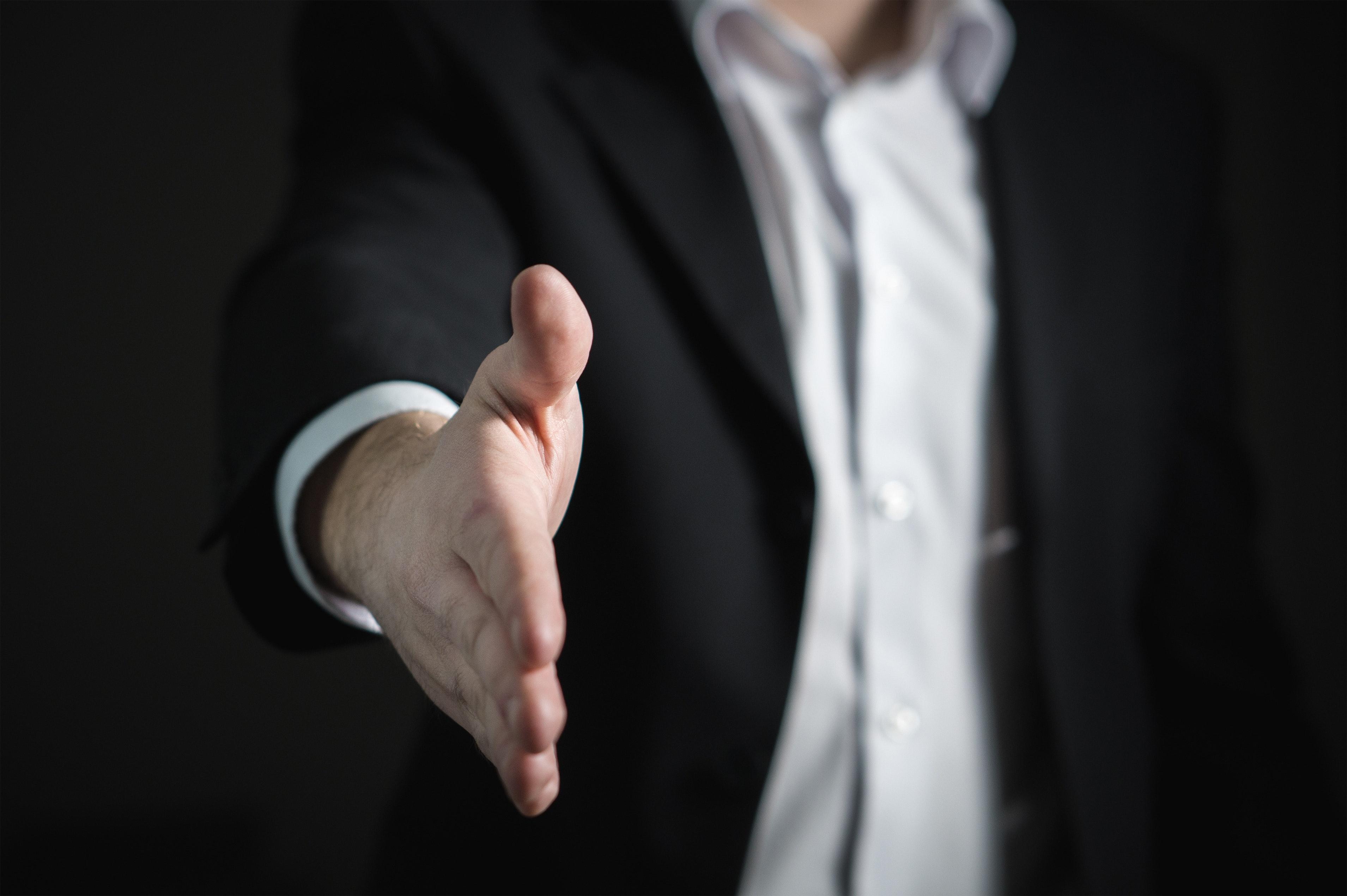 Lei nº 14.217/2021 estabelece medidas excepcionais para a aquisição de bens e insumos, contratação de serviços visando o enfrentamento da pandemia da Covid-19